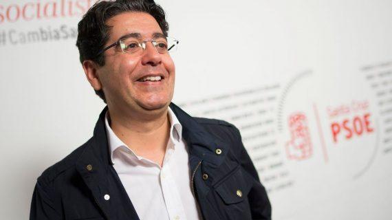 Pedro Martín, con el tiempo justo para presentar los avales por un atasco en la TF-1