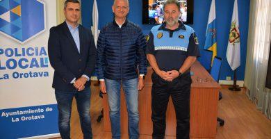 Narciso Pérez, Francisco Linares y Pedro Domingo Hernández presentaron el informe correspondiente a 2017. DA
