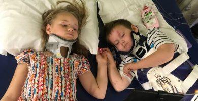 Los dos pequeños, por fin juntos en el hospital. / METRO
