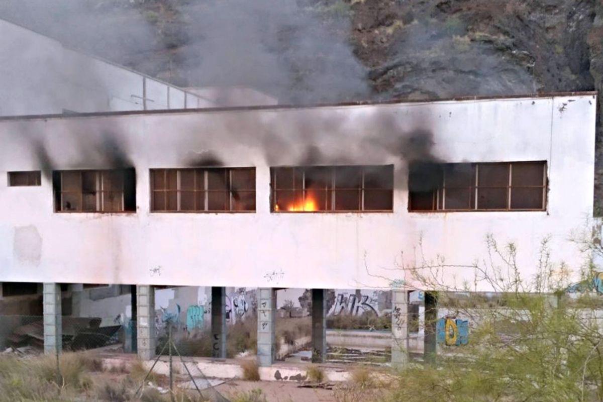 Incendio en el balneario de Santa Cruz. / Sergio Méndez