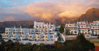 Canarias prohíbe el alquiler vacacional en las zonas turísticas