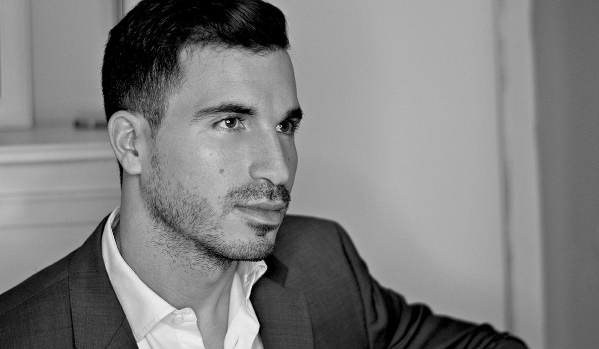 Javier Castillo, autor de los libros 'El día que se perdió la cordura' y 'El  día que se perdió el amor'. DA
