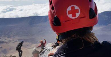 Rescatado en helicóptero un senderista accidentado en el Teide