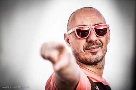 Quique Serra se une a la cantante Manel para el lanzamiento de 'All Night Long'