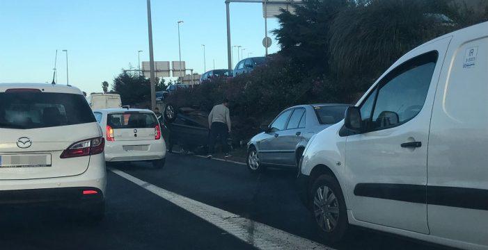 Un nuevo accidente en la TF-5 provoca mega-colas en la autopista