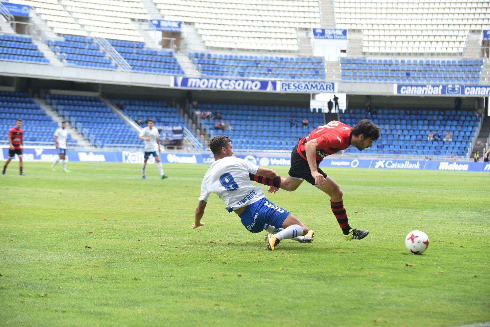 El CD Tenerife B falla en su primer intento de ascender