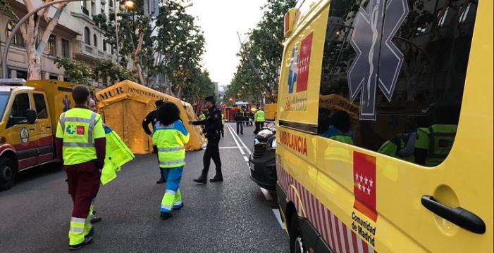 Continúa la búsqueda de dos personas desaparecidas tras el derrumbe de un edificio en Madrid