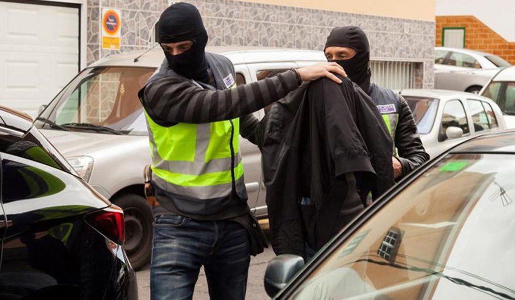 Detenidos tres hombres de nacionalidad marroquí en San Isidro por su participación en un presunto delito de captación, encubrimiento y financiación del terrorismo. EFE