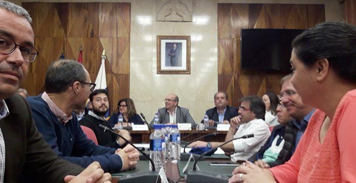 El acuerdo para salvar el Fdcan se impone entre Cabildo y ayuntamientos