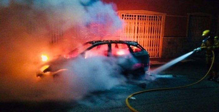 Las denuncias por quema de coches se disparan en Canarias
