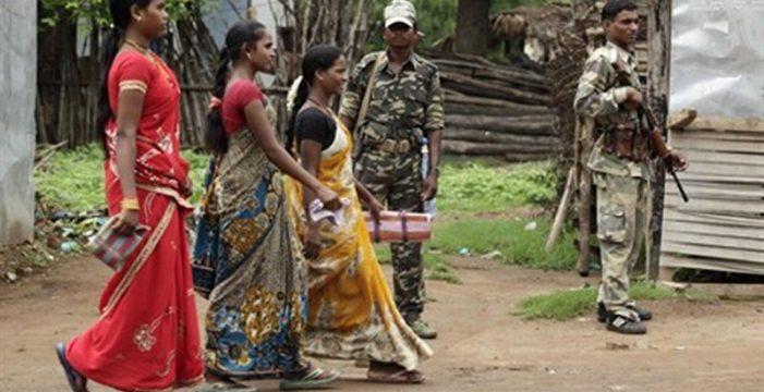 Estrangulada, descuartizada y arrojada al desagüe en la India por exigir el salario que no cobró