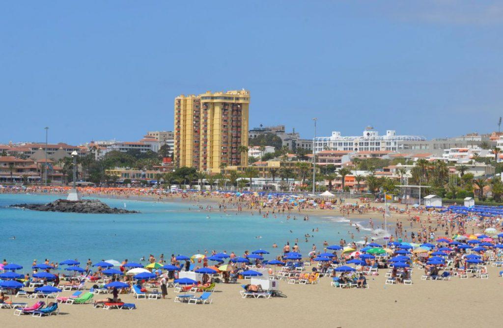 Las Vistas, en Los Cristianos, una de las mejores playas de la Isla. DA