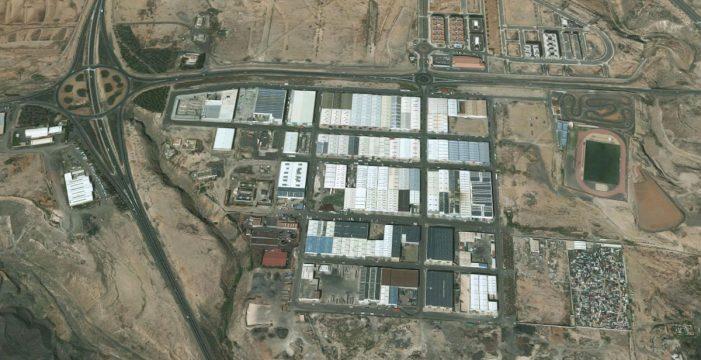 Tres personas heridas al desplomarse el techo de una nave en construcción en Fuerteventura