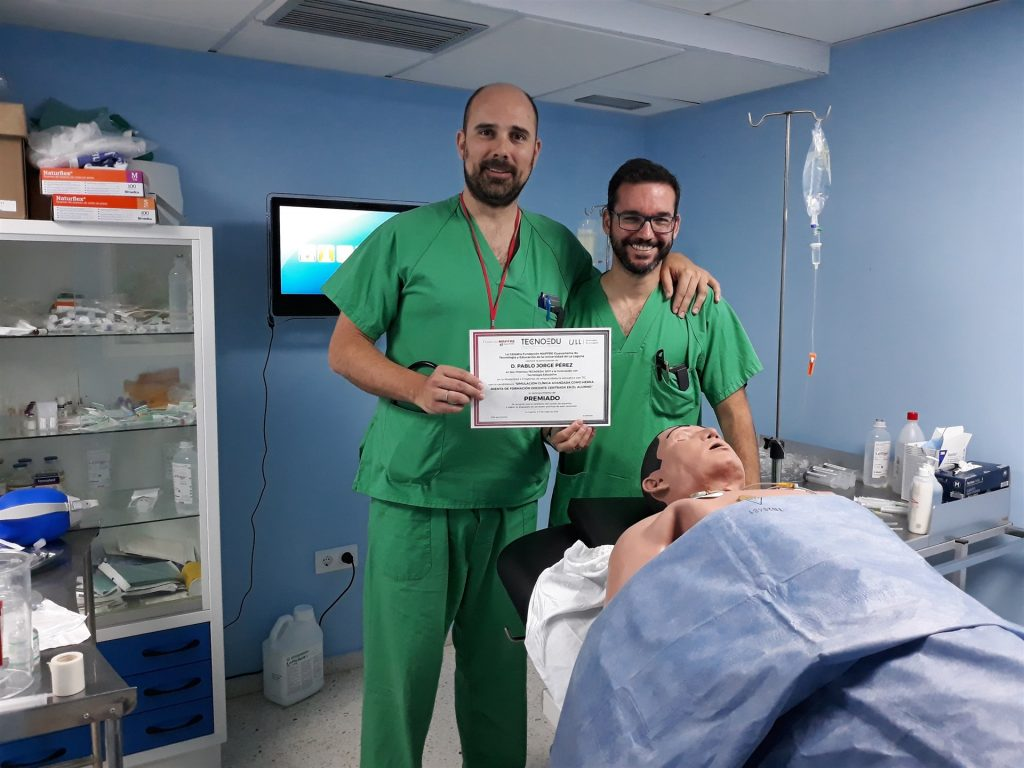Los doctores Pablo Jorge y Beneharo Darias. | EP