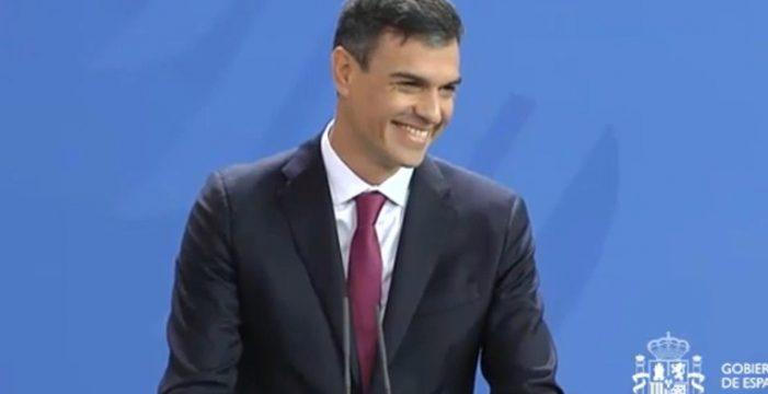 Pedro Sánchez nombra presidente de Correos, con 200.000 euros de sueldo, a su exjefe de gabinete
