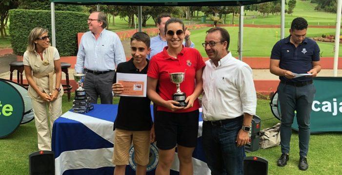 Ana González y Ricardo Miranda ganan el Torneo Cajasiete de golf
