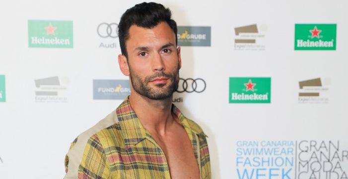 Jorge Pérez, el guardia civil más guapo de España en la Semana de la Moda Baño de Gran Canaria