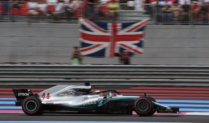Lewis Hamilton gana en Francia  y Sainz salva el octavo puesto