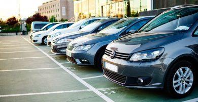 El Cabildo de Tenerife aprueba estudiar subir los impuestos a los 'rent a car'