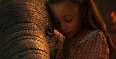 Fotograma de la nueva versión de la película 'Dumbo', de Disney.