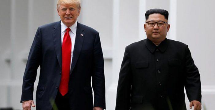 Dos nuevas polémicas en 24 horas para Trump tras visitar Corea