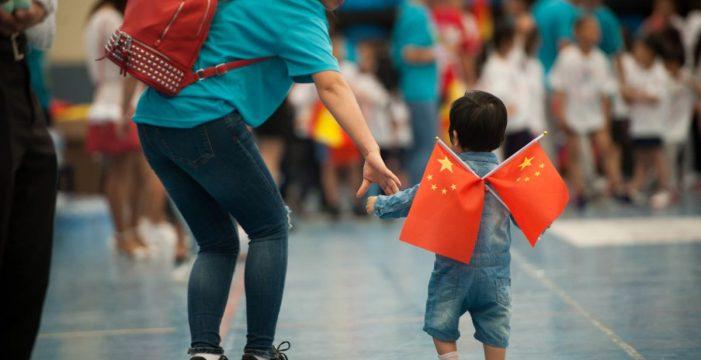 La comunidad china celebra en Los Cristianos el Día Nacional del Niño