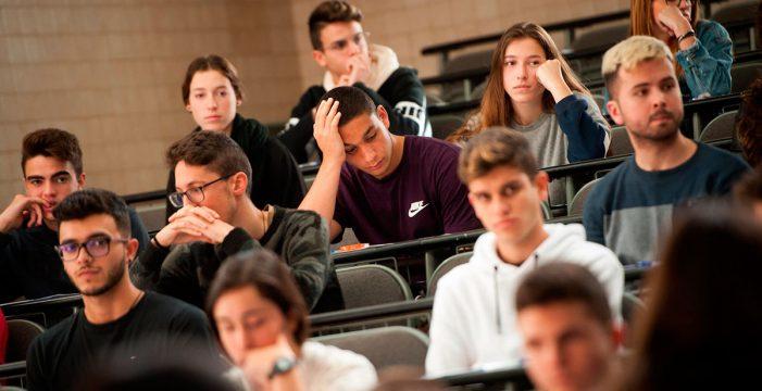 """Un alumno vasco se queja de la selectividad en Canarias: """"No es justo que venga un NIÑATO de CANARIAS y me quite la plaza"""""""