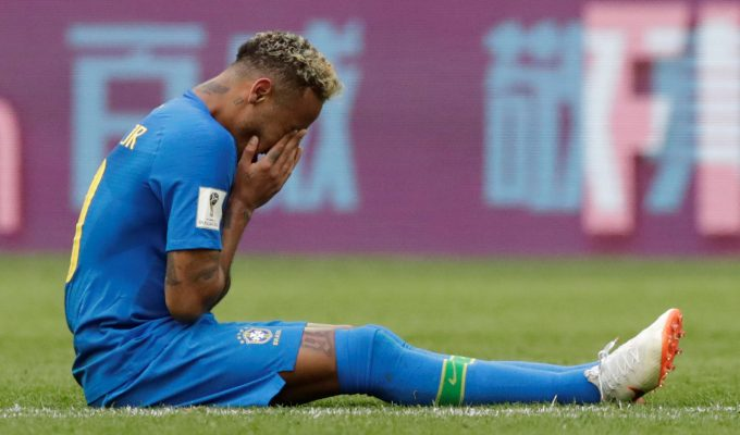 Una ofensiva Brasil obtuvo un tardío y preciado premio ante una Costa Rica eliminada