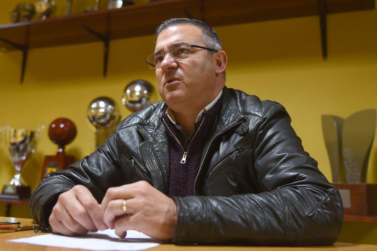 Félix Hernández, presidente canarista, ha transmitido la necesidad de que el club se tome un tiempo de reflexión . Sergio Méndez