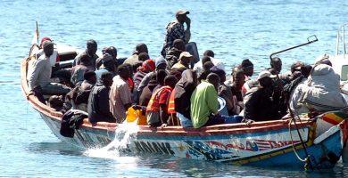 """Canarias anuncia que asume su """"cuota de solidaridad"""" del Aquarius"""
