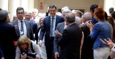 Sánchez confirma que habrá Estatuto y REF antes de terminar este año