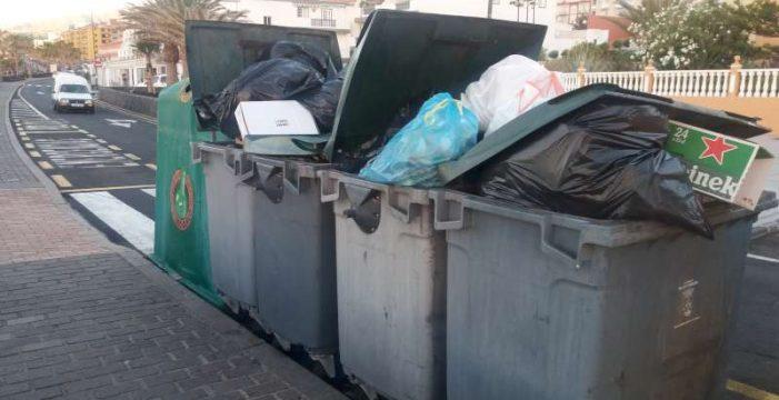 Candelaria no da abasto en retirar la basura de la calle