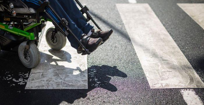 Personas con discapacidad piden más fondos para las plazas en centros públicos