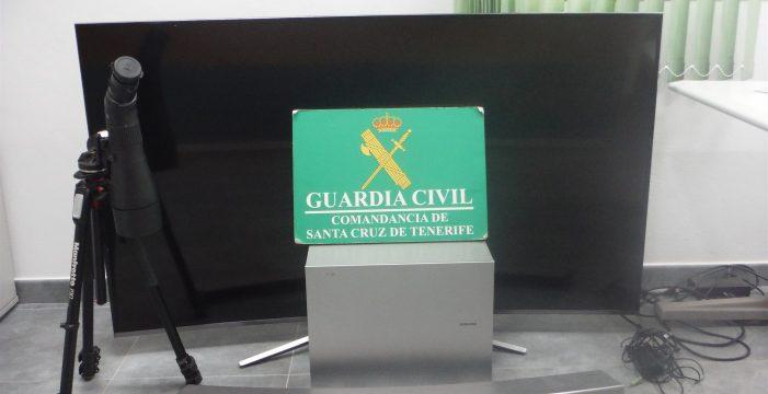 Investigan a tres menores por robar en una vivienda de Guía de Isora objetos valorados en 3.000 euros