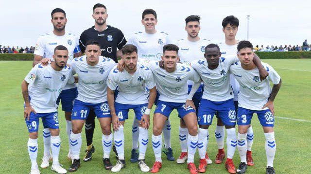 Un CD Tenerife B, sin gol, se topa con el mayor oficio de la SD Ejea