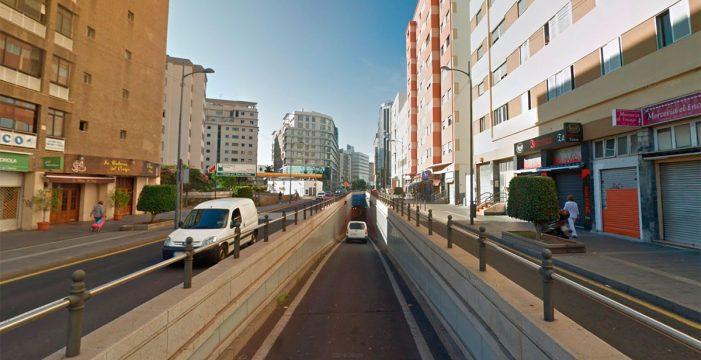 Carreteras del Cabildo 'pasa' de la Policía Local en el cierre del túnel de Tres de Mayo