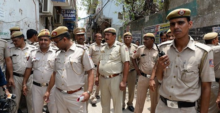 Nueva violación grupal en India: diez escolares atacan a una niña hasta dejarla inconsciente