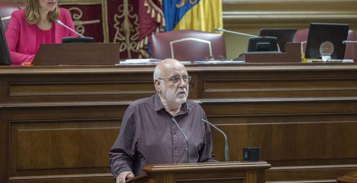 """Marrero afirma que """"el dinero público se va por las cloacas"""" en la carretera del norte de La Palma"""