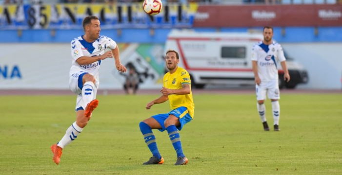 El CD Tenerife se lleva la Copa Mahou en la tanda de penaltis