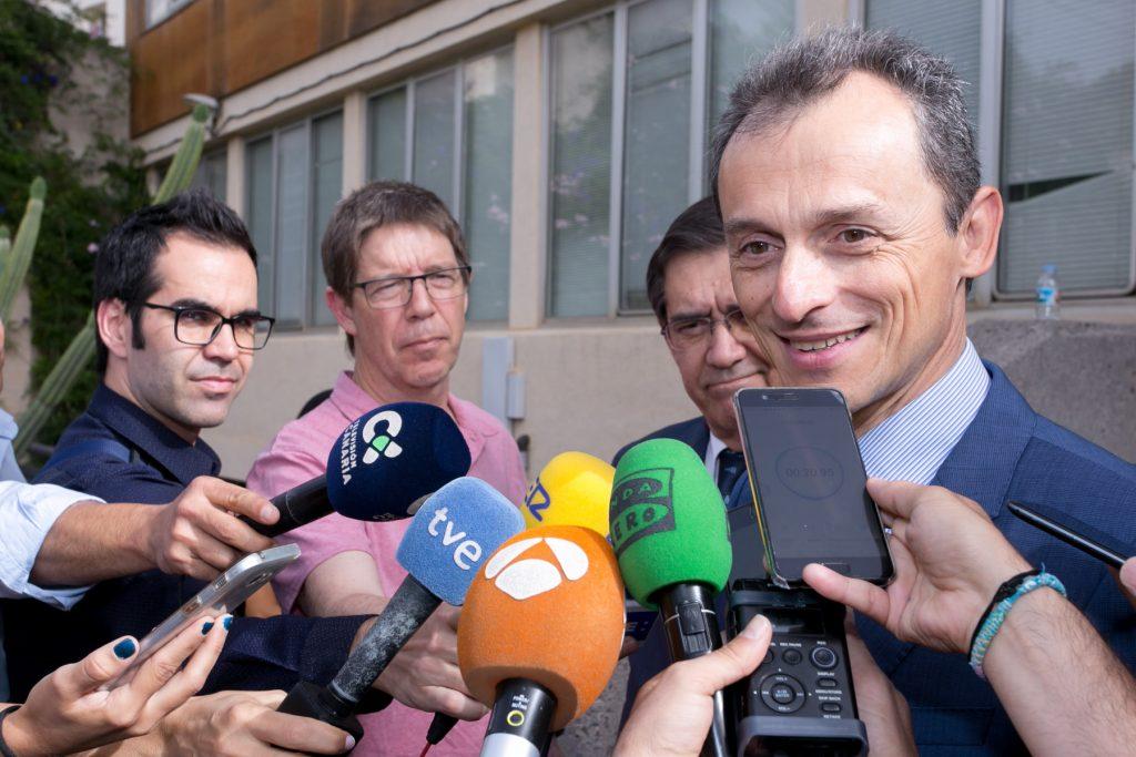 Visita del ministro Pedro Duque a la ULL. | DA