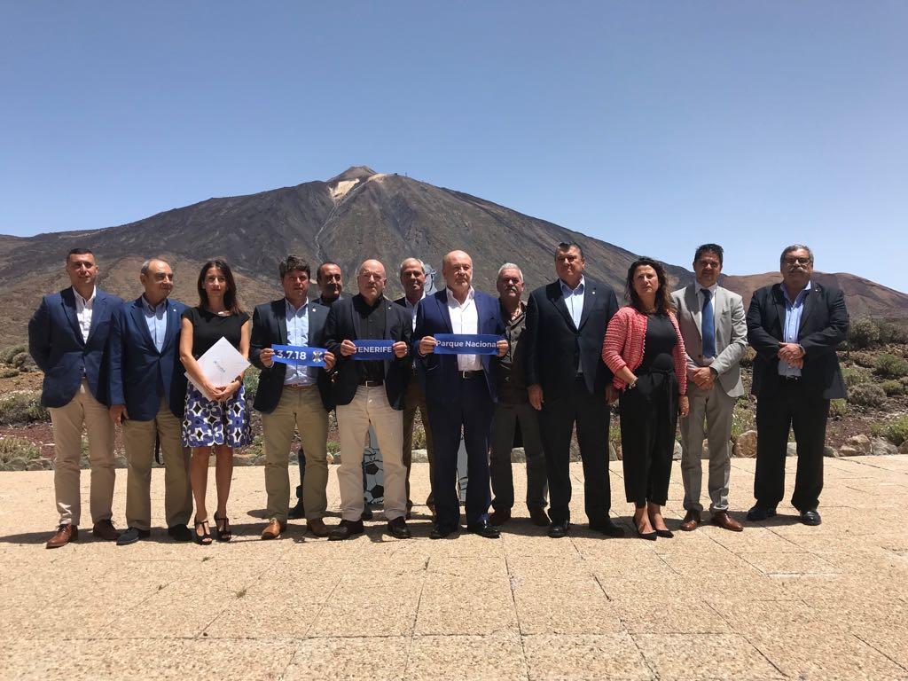 Presentación de la campaña de abonos del CD Tenerife. / DA