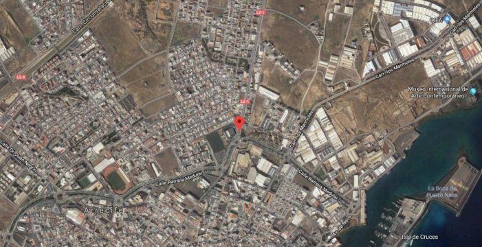 Una joven herida tras volcar su turismo en Lanzarote