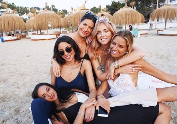 Chiara Ferragni comparte en redes sociales todo lo relacionado con su despedida de soltera y próxima boda. | Instagram