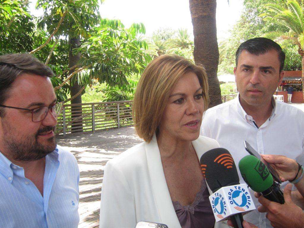 Cospedal, junto a Antona y Domínguez .   EP