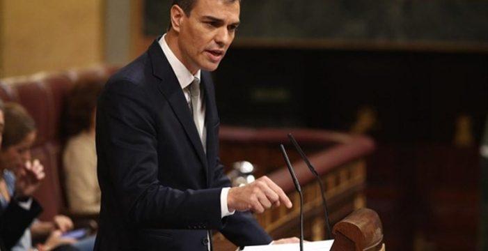 Un 'decretazo' de Sánchez pone en manos de las administraciones locales la retirada de la patria potestad