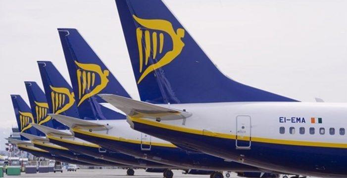 Ryanair cerrará sus bases en Canarias el 8 de enero