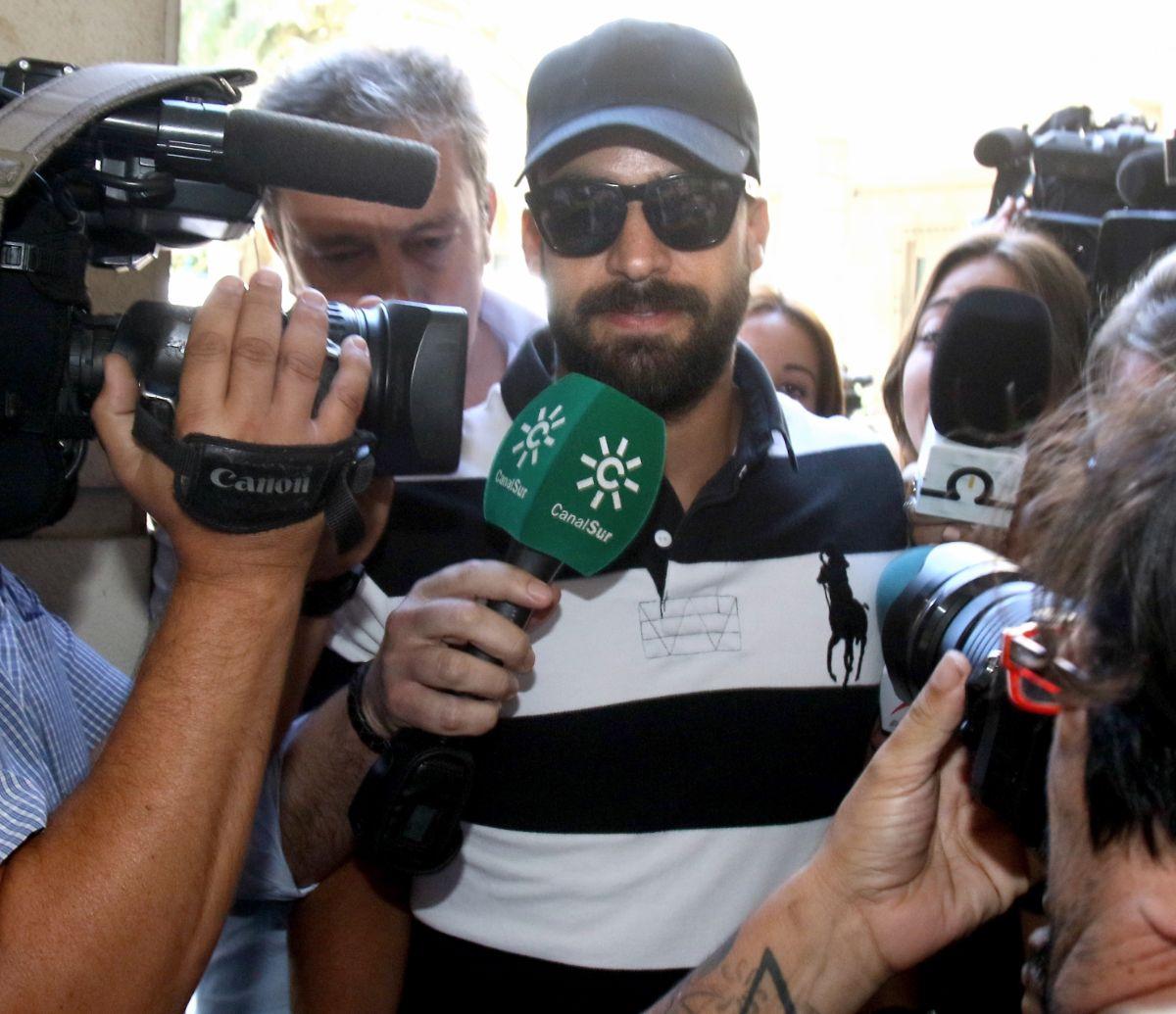 Antonio Manuel Guerrero, guardia civil de 'La Manada', a su llegada a los juzgados. | EP
