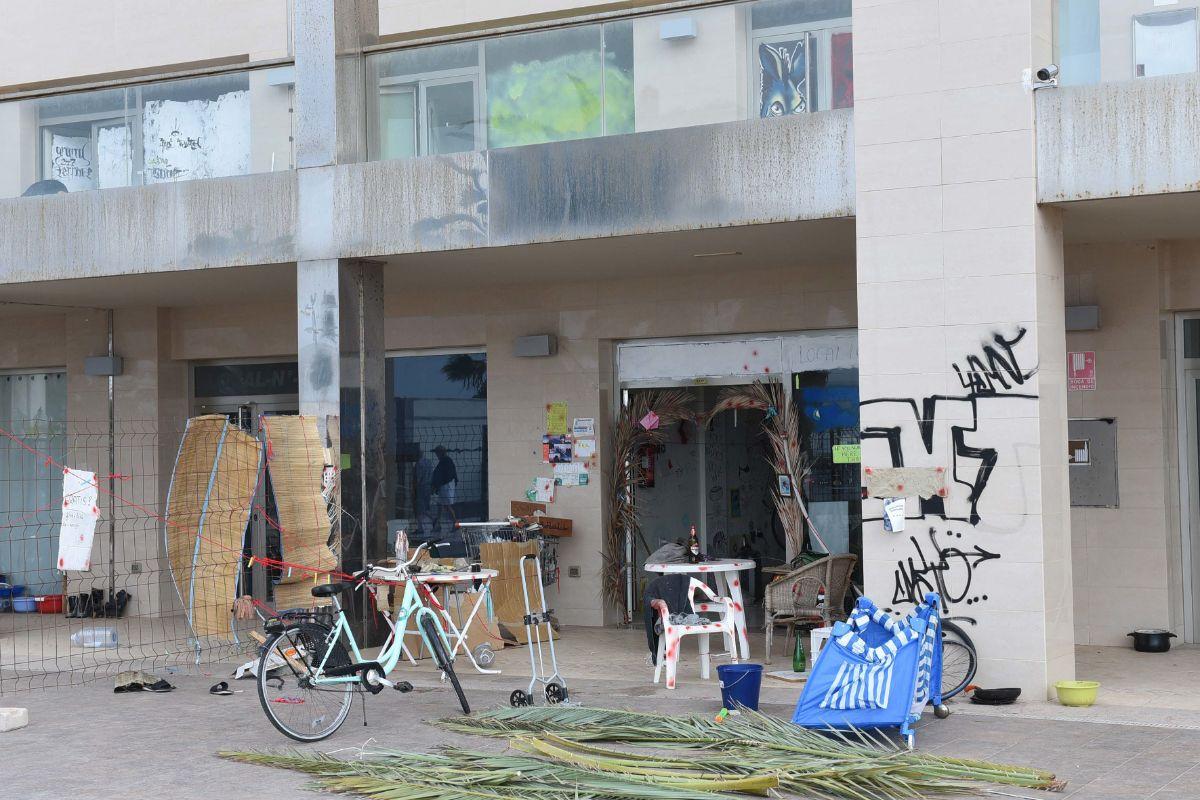 Hoteleros y comerciantes denuncian la degradación que ha sufrido el entorno. Sergio Méndez
