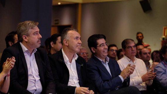 El PSC-PSOE celebra esta tarde una Ejecutiva regional para equilibrar los cargos