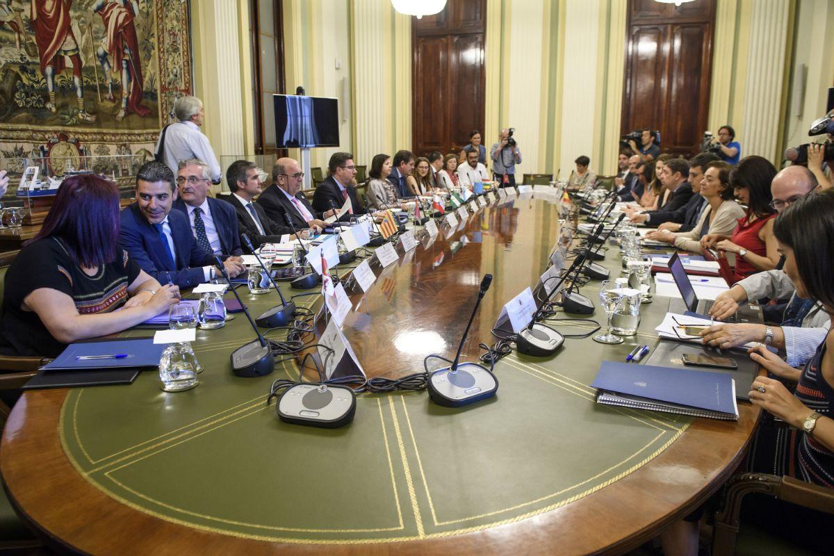 Imagen de la reunión de la conferencia sectorial de agricultura celebrada ayer en Madrid. DA